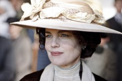 DowntonAbbey_CoraGrantham